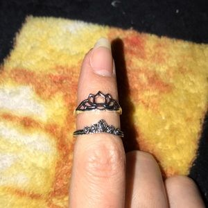 Two costume jewelry rings 💕